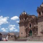 Descubren cementerio colonial en templo de San Sebastián